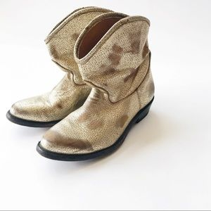 ASH Judy cowboy boots gold Distressed ankle